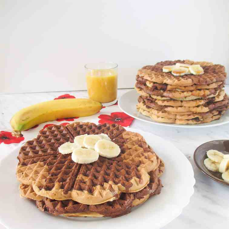 Banana brownie marble waffles