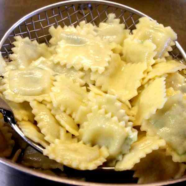 Homemade Ravioli with Gorgonzola Filling