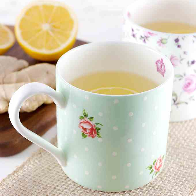 How to Make Fresh Lemon Ginger Tea