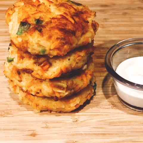 Salmon Cakes With Wasabi Cream Sauce