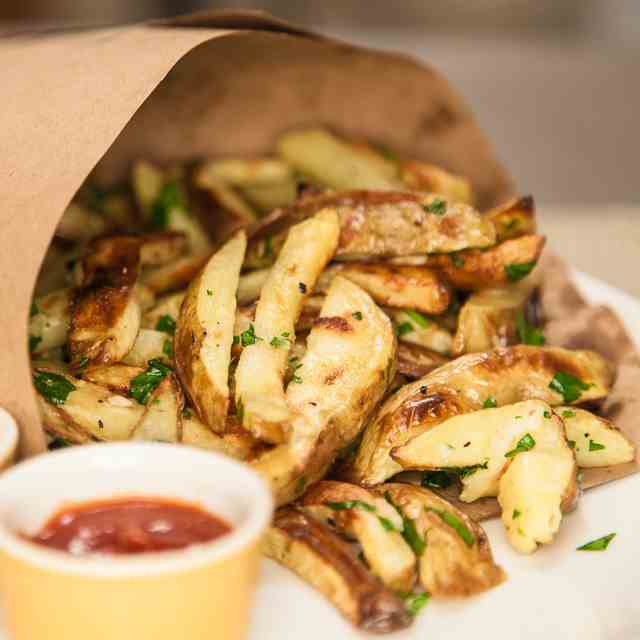 Oven Baked Garlic Fries