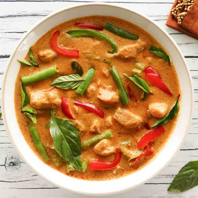 Instant Pot Thai Panang Curry Chicken
