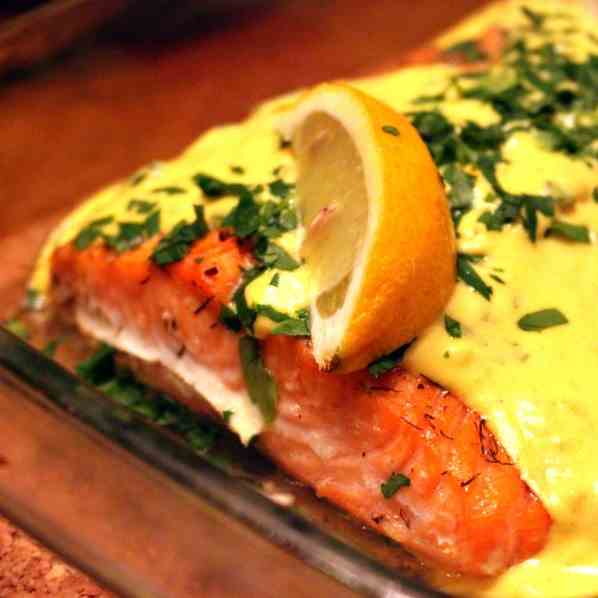Salmon in Saffron Sauce