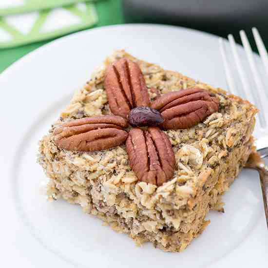 Maple Pecan Oatmeal Breakfast Cake