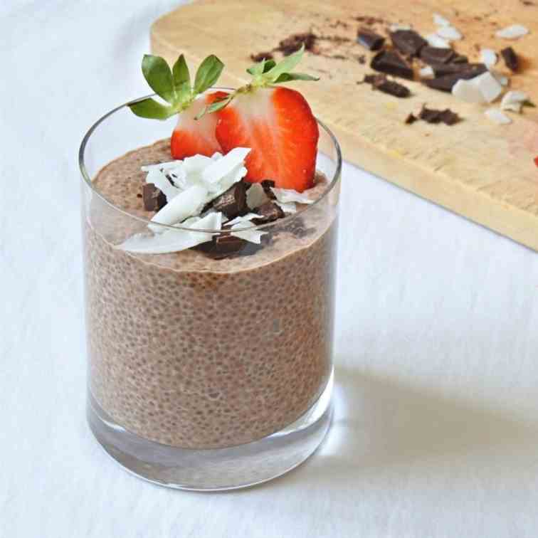 Chocolate Chia Pudding with Strawberries