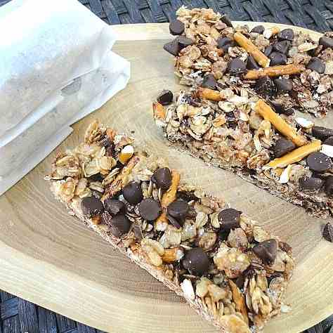 Easy No-Bake Chewy Granola Bars