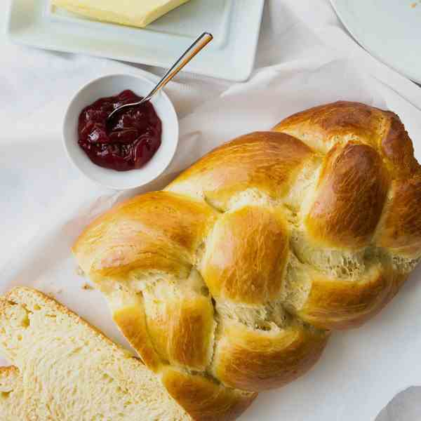 Easy Sweet Braided Easter Bread