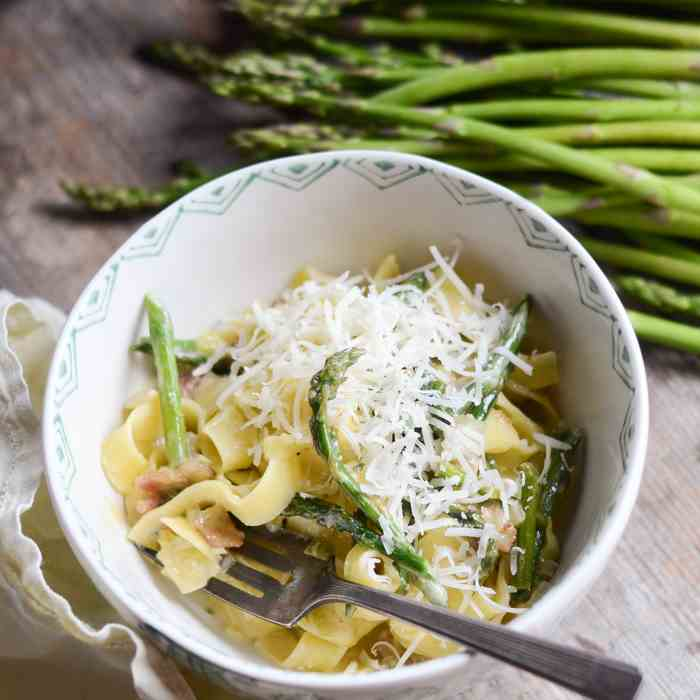 Leek and Asparagus Pasta