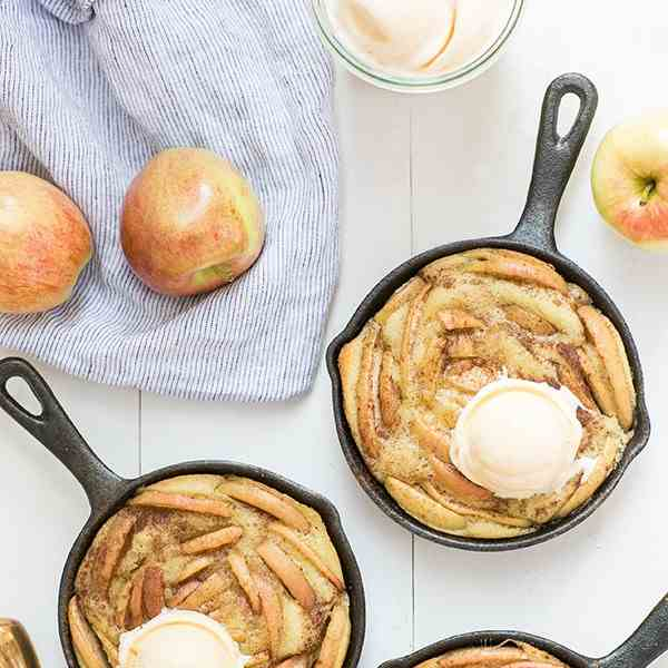Olive Oil and Apple Cakes