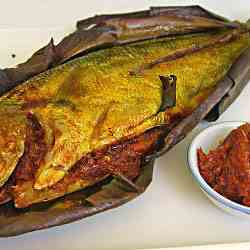 Grilled Fish with Chilli stuffing