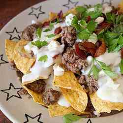 Black & Blue Burger Nachos