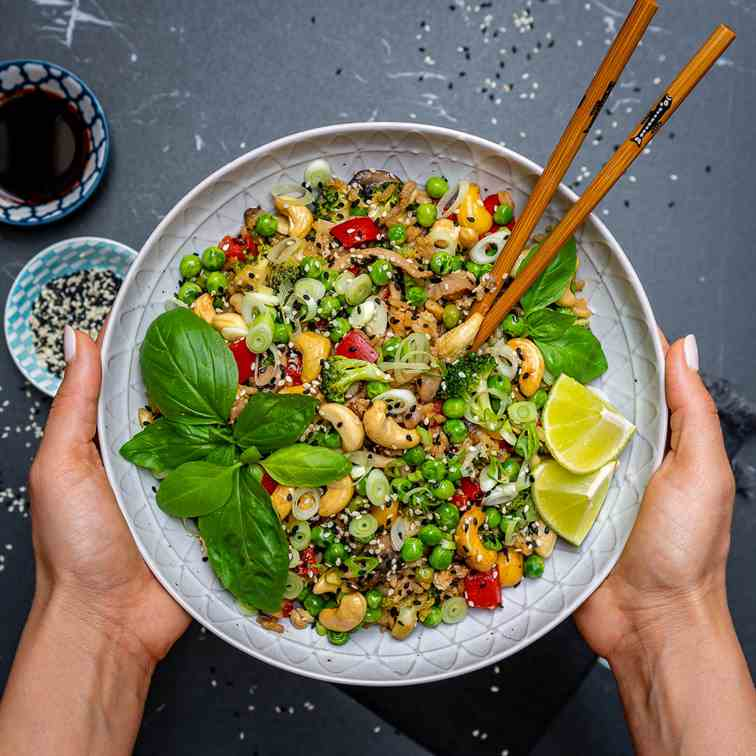 Easy Vegetable Fried Rice With Cashews