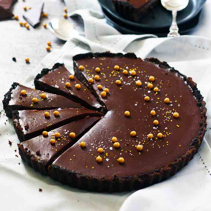 No-bake Salted Butterscotch Chocolate Tart