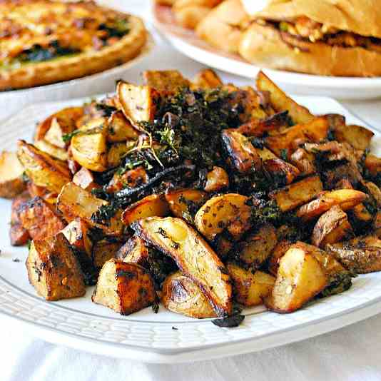 Roasted Potatoes & Kale