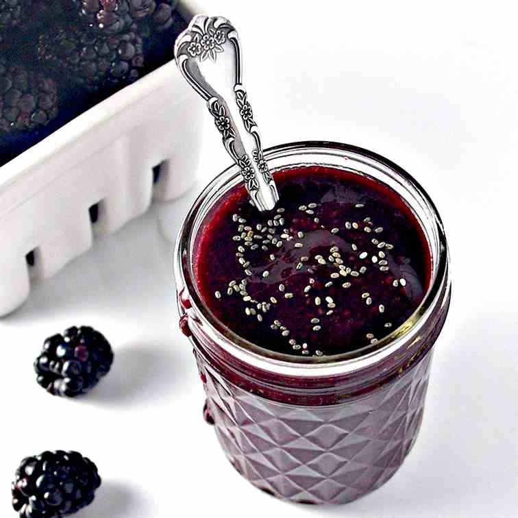 5-Minute Blackberry Sauce