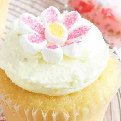 may flowers lemon cup cake