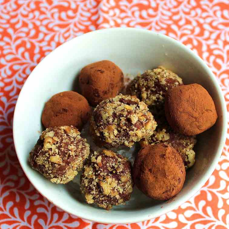 Easy Chocolate Truffles