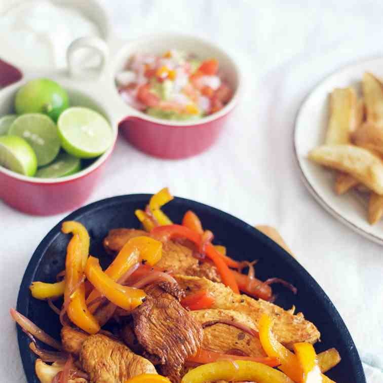 Delicious Easy Chicken Fajitas