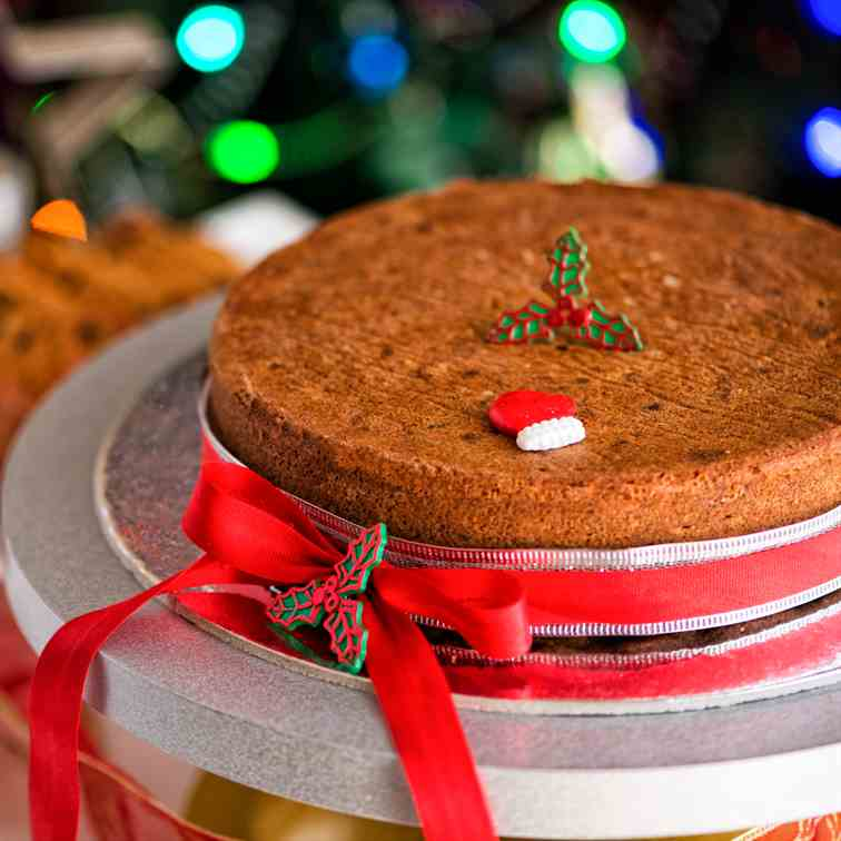 Traditional Christmas Plum Cake