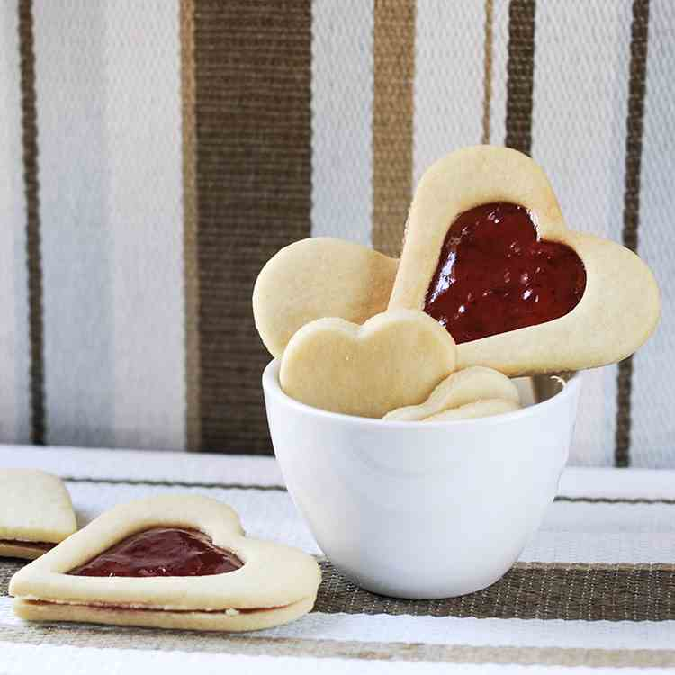 Linzer Sandwich Cookies with Strawberry Ja
