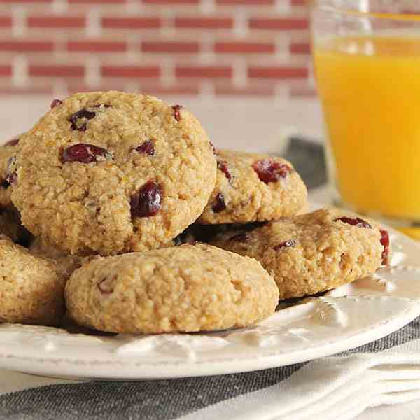 Soft apple and cranberry cookies