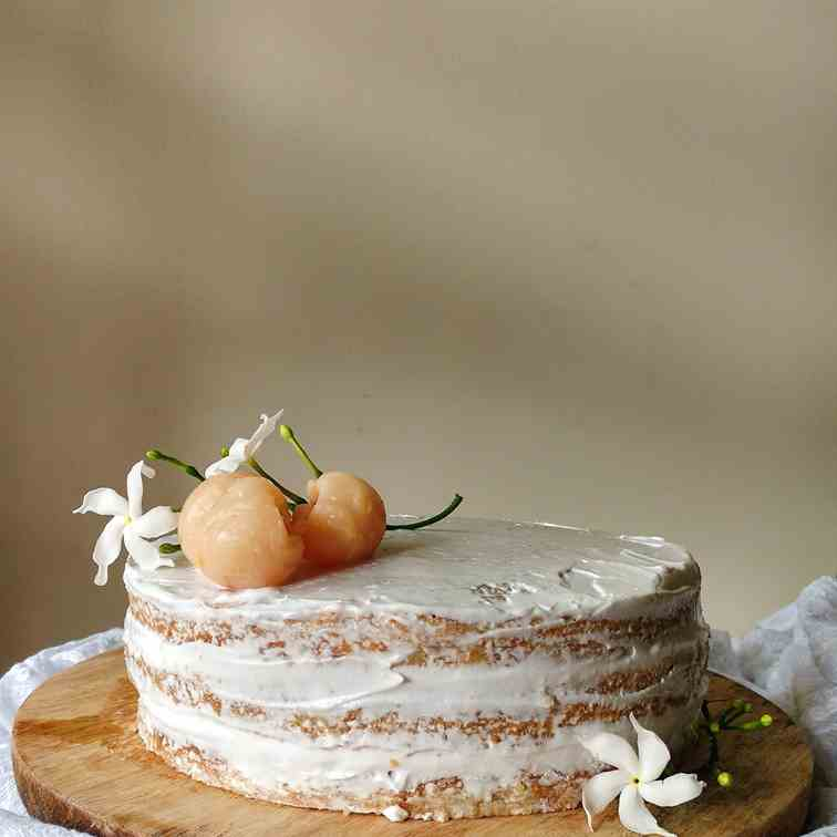 Lychees and cream cake