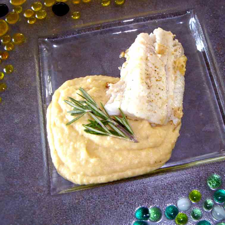 Zander with Potato-Onion Mash