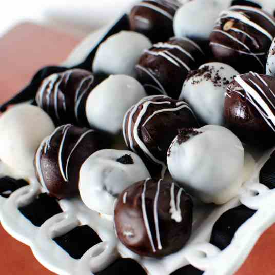 Cookie Dough and Oreo Truffles