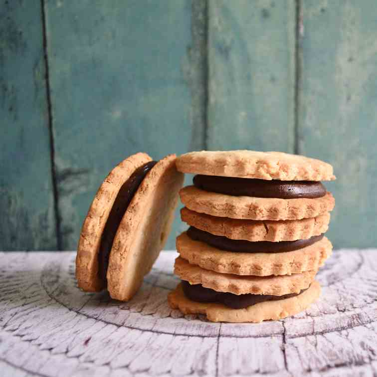 Chocolate and Vanilla Sandwich Cookies