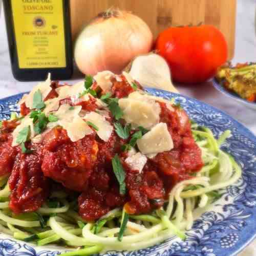 Turkey Meatballs with Zoodles and Sauce