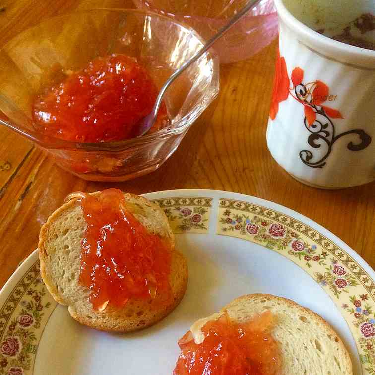 Childhood recipes with quinces- quince jam