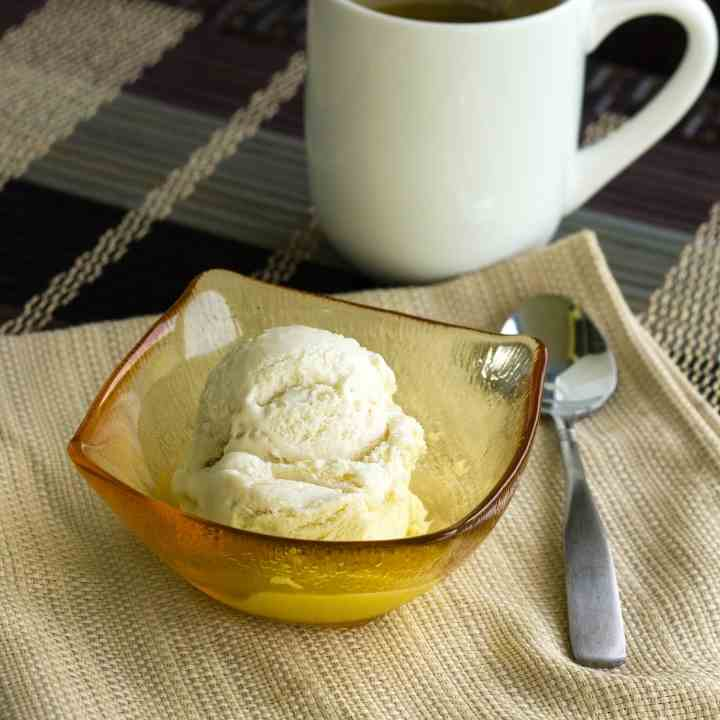 Easy Green Tea Ice Cream