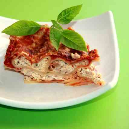 Cannelloni with Cheese Bacon filling