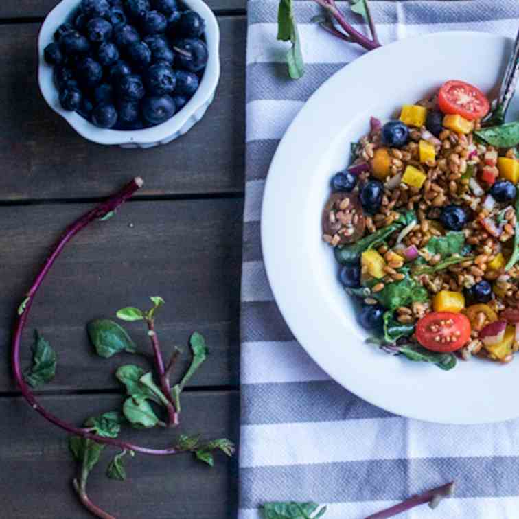 Spinach and Wheat Berry Salad