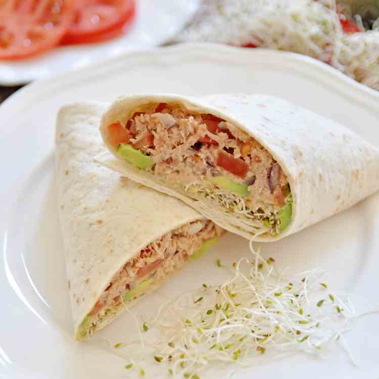 Spanish Tuna Wraps With Avocado