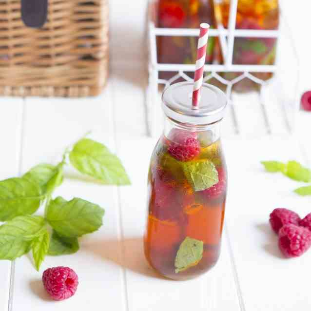 Iced Rooibos Tea with Raspberries and Mint