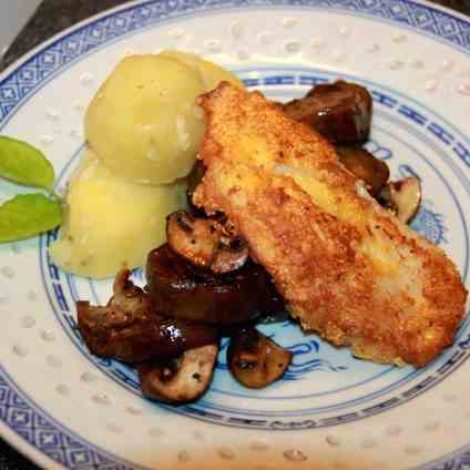 Polenta-crusted Fish fillets on Vegetables