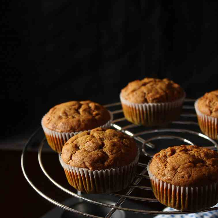 Eggless Apple Muffins