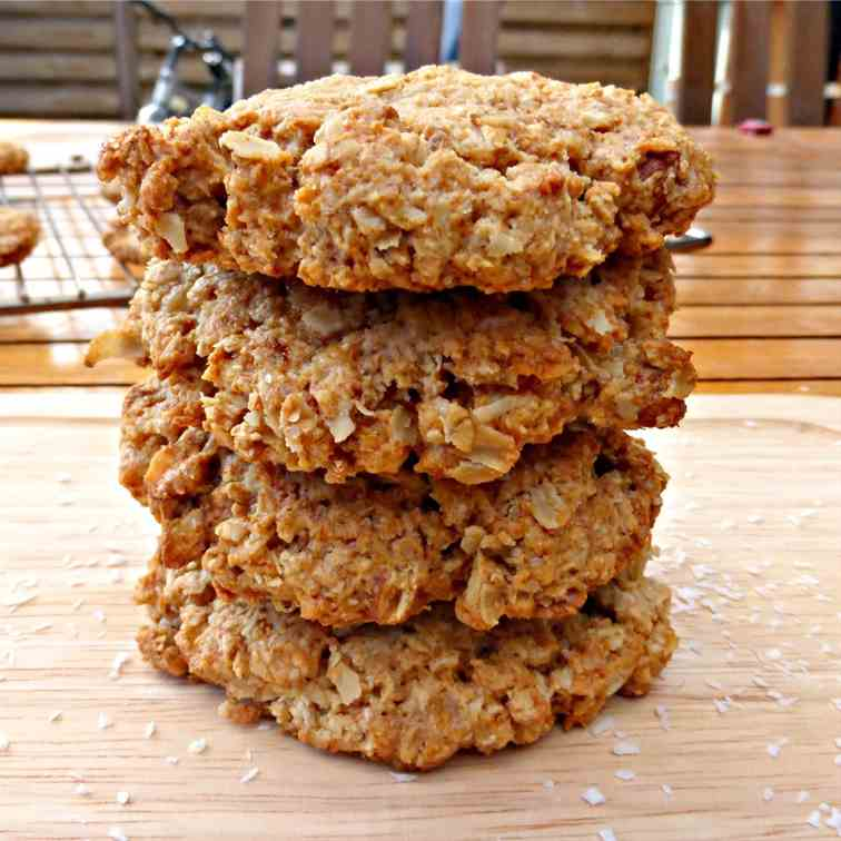Coconut, Oats and Almond Cookies