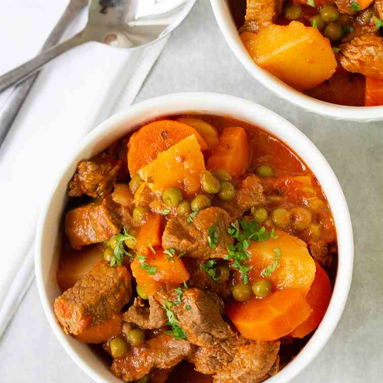Easy Homemade Beef Stew With Veggies