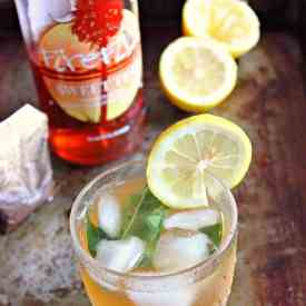 Sweet Tea Vodka Cocktail