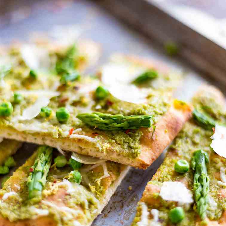 Pea Pesto Flatbread with Asparagus and Sha