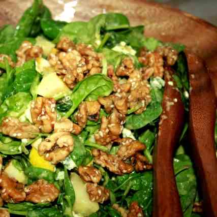 Spinach, Blue Cheese a Pear Salad w Walnut