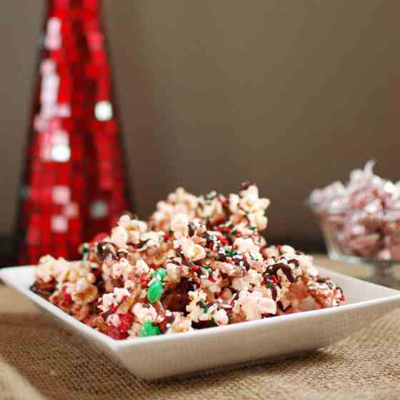 Holiday Peppermint Popcorn Bark