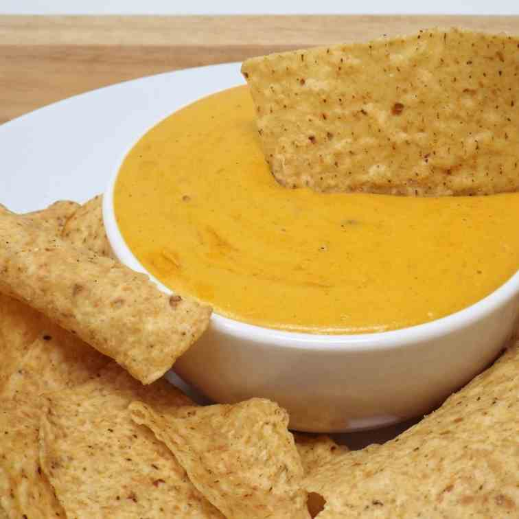 Vegan Queso with Green Chilies