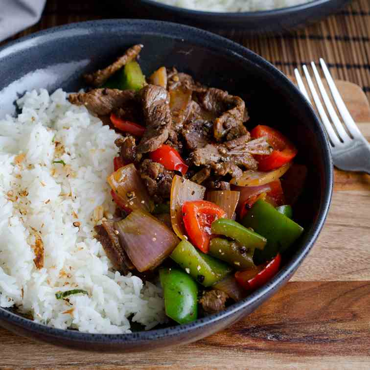 Black Pepper Beef and Capsicums Stir Fry