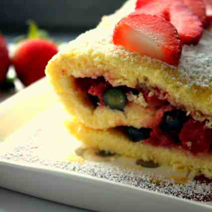 Roulade with Strawberries