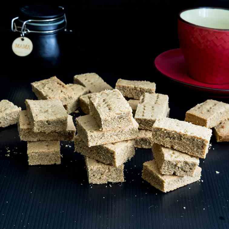 Ginger Shortbread with Molasses