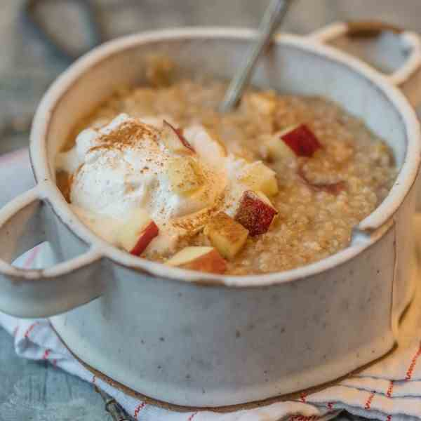 Instant Pot Apple Pie Oatmeal
