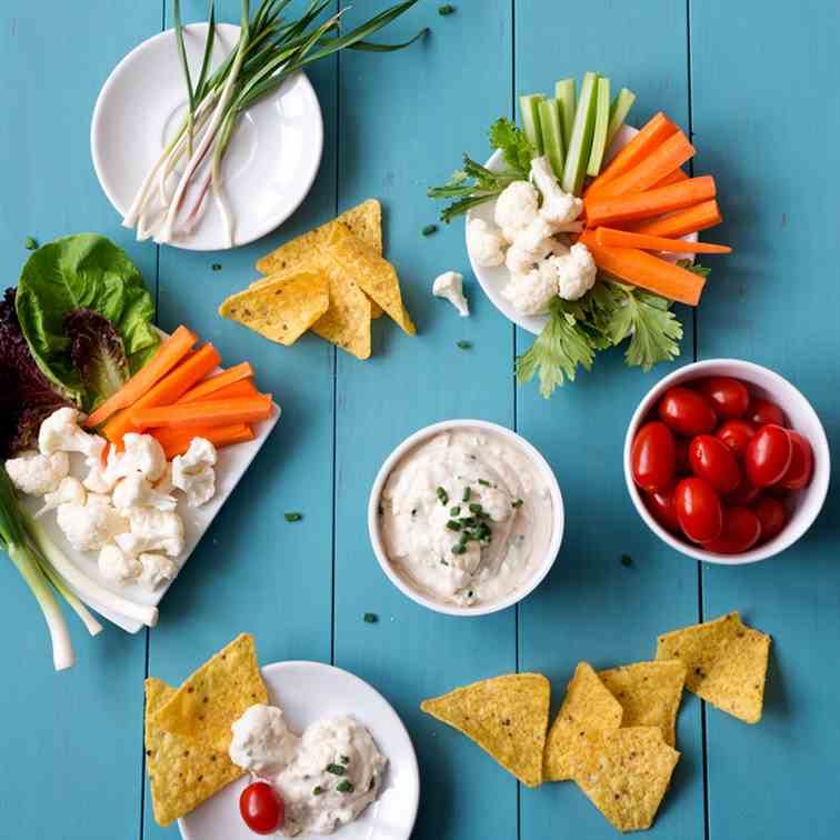 Creamy Cashew Chive Dip